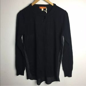One A Black Keyhole Silky Back Sweater Small